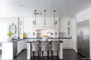 الأبيض ضيف محبب في ديكورات المنازل