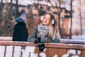 إطلالات الشتاء ... أحدث الإطلالات العصريه و المناسبه للشتاء تجعل مظهرك جذاباً فما رأيك بمشاركتنا في هذه المقالة